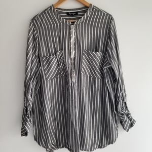 Lily Morgan zip up blouse